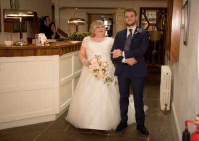 Dawn and Stuart's Wedding Photography - The George Hotel, Buckden, Huntingdon, Cambridgeshire - Ryan Hughes Photography - 24