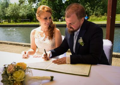 Matt and Delia's Wedding Photography at Cambridge Hilton DoubleTree - Ryan Hughes Photography-155