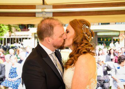 Matt and Delia's Wedding Photography at Cambridge Hilton DoubleTree - Ryan Hughes Photography-159