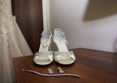 Matt and Delia's Wedding Photography at Cambridge Hilton DoubleTree - Ryan Hughes Photography-23