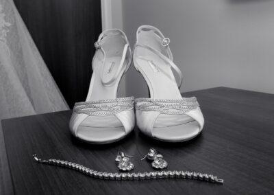 Matt and Delia's Wedding Photography at Cambridge Hilton DoubleTree - Ryan Hughes Photography-24