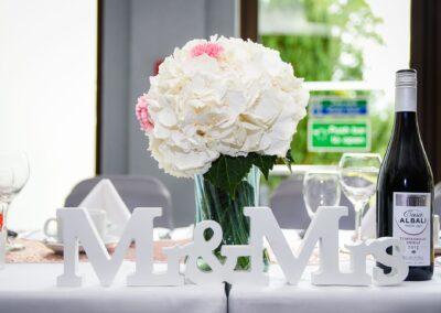 Matt and Delia's Wedding Photography at Cambridge Hilton DoubleTree - Ryan Hughes Photography-338