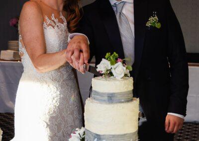 Matt and Delia's Wedding Photography at Cambridge Hilton DoubleTree - Ryan Hughes Photography-618