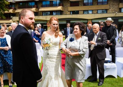 Matt and Delia's Wedding Photography at Cambridge Hilton DoubleTree - Ryan Hughes Photography-92